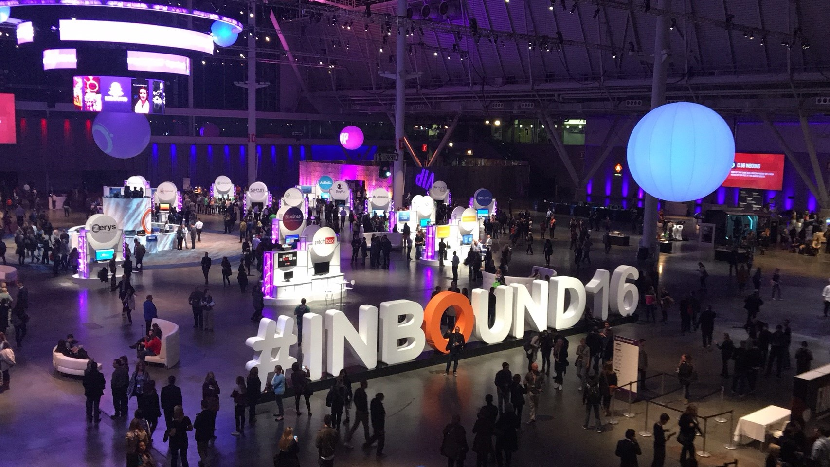 Youlead at Inbound event Hubspot_1.jpg